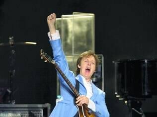 Paul McCartney divulga música em versão inédita com John Bonham