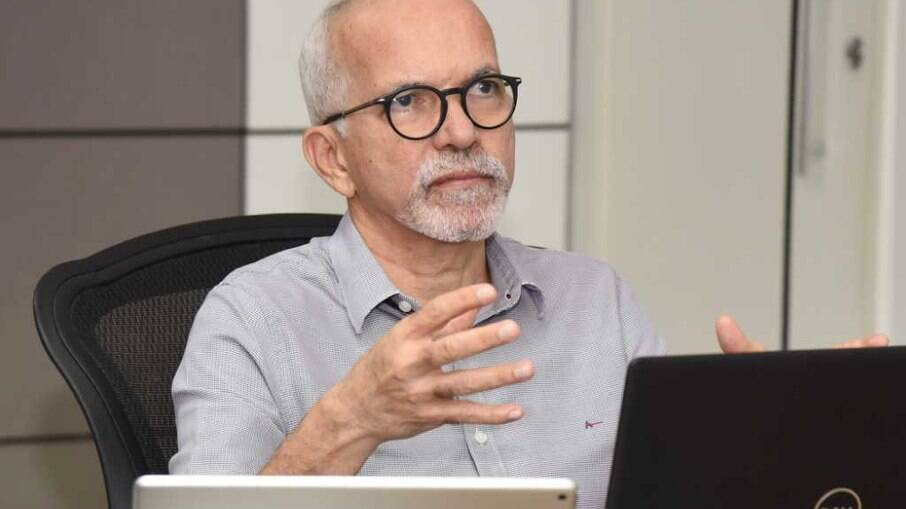 Edvaldo Nogueira (PDT), presidente da Frente Nacional de Prefeitos, aguarda resposta da ministra Flávia Arruda