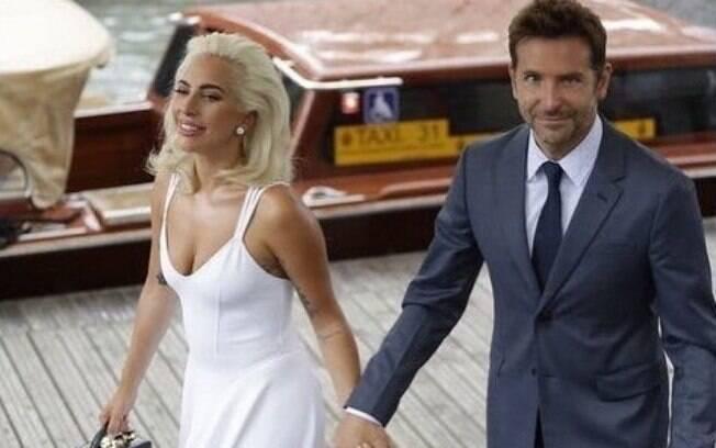 Lady Gaga adotou estilo mais