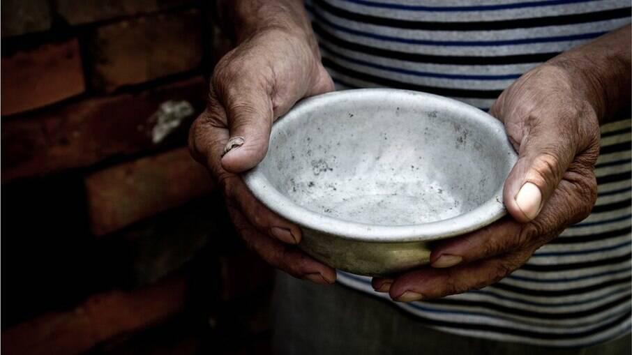 Pesquisa aponta que um a cada quatro brasileiros não teve comida para alimentar a família nos últimos meses