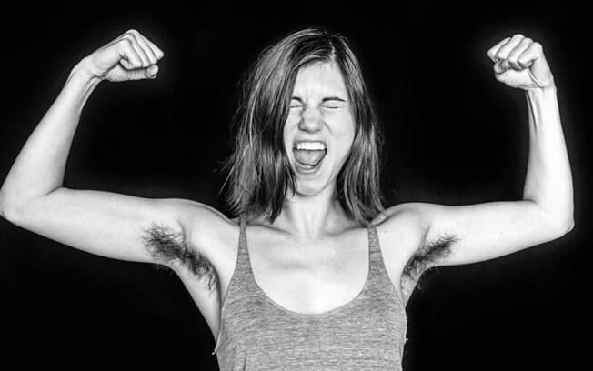 O projeto do fotógrafo londrino Ben Hopper, foca em mostrar que os pelos nas axilas são algo natural do corpo feminino