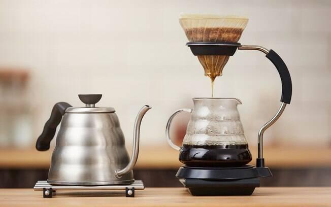 utensílios para fazer o café perfeito