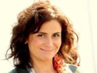 Claudia (Giovanna Antonelli)