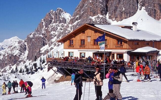 Arrume as malas e prepare-se para esquiar na temporada de inverno na Europa
