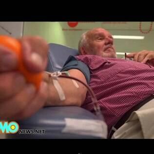 James Harrison carrega um anticorpo raro que produz a vacina para o fator Rh do sangue