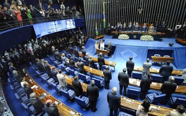 Vinte e três senadores eleitos em outubro são empossados no Senado Federal, neste domingo (1º)