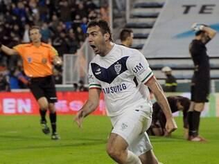 Lucas Pratto é atualmente o artilheiro do Campeonato Argentino com 11 gols anotados
