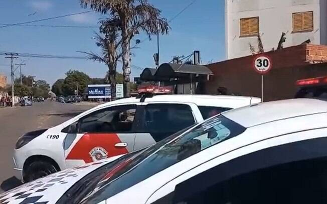 Dupla rouba malote com mais de R$20 mil em Santa Bárbara