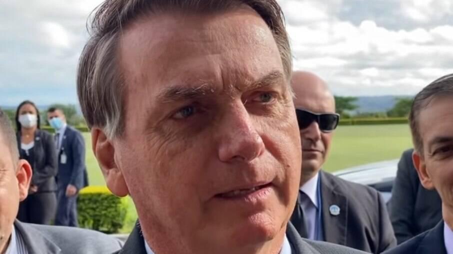 Em ligação, Bolsonaro pede a senador Kajuru que CPI da Covid mire governadores