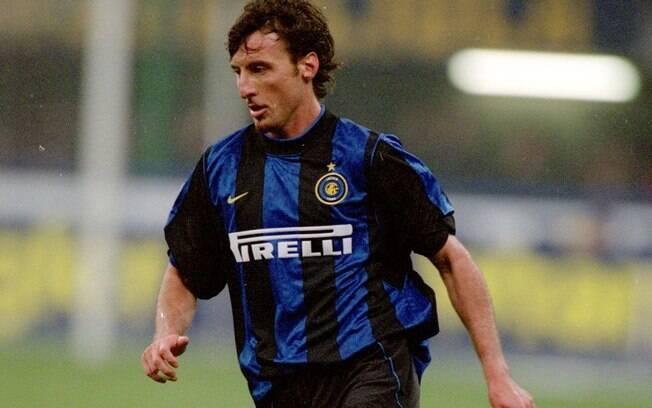 Fabio Macellari era zagueiro e atuou na Inter de Milão que tinha Ronaldo%2C Seedorf%2C Pirlo e Zanetti