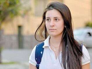 Perfil. A estudante Bárbara Borges classifica-se como moderada e diz que poupa, em média, 30%
