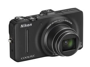 Nikon Coolpix S9300 chegará em fevereiro