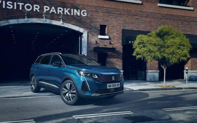 Novo Peugeot 5008: assim como o 3008, o SUV médio de 7 lugares também mudou e logo deverá chegar com novidades no Brasil