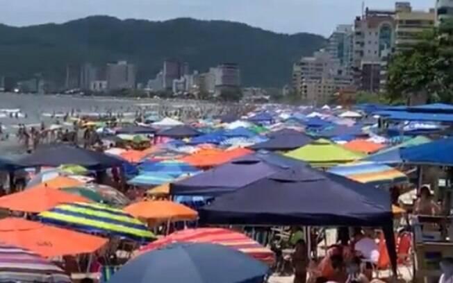 Praias ficaram lotadas em Santa Catarina durante os últimos dias do ano