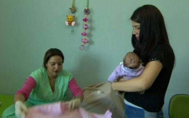 Mães de crianças com microcefalia ouvem cobranças dos maridos