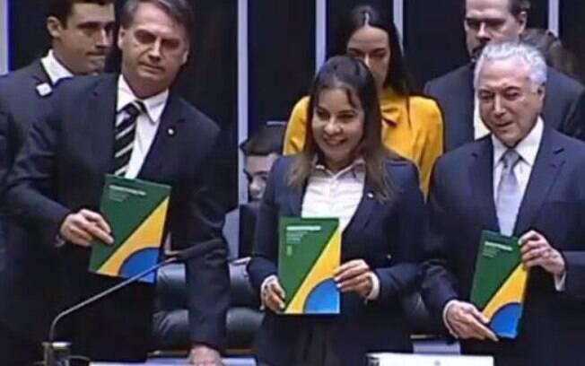 Temer e Bolsonaro participam juntos de celebração pelos 30 anos da Constituição no Congresso Nacional