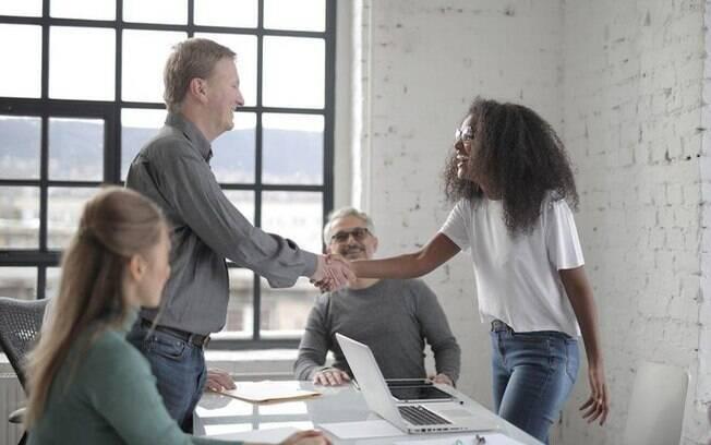 Descubra como melhorar o seu relacionamento com o chefe - Crédito: Andrea Piacquadio/Pexels