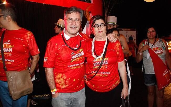Leopoldo Pacheco e a esposa Bel Gomes no camarote Bar Brahma