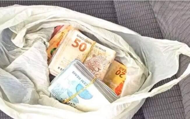Vanzinho de Altos Verdes (PSD), foi preso nessa quarta-feira (21) com R$ 15,3 mil escondidos dentro da cueca