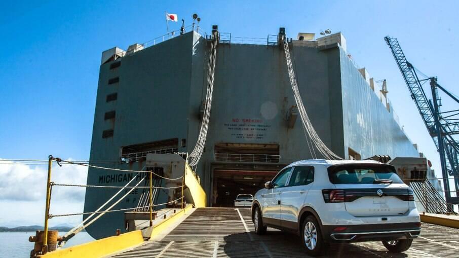 Volkswagen T-Cross brasileiro é exportado para 26 países, a maioria do Mercosul e do continente africano
