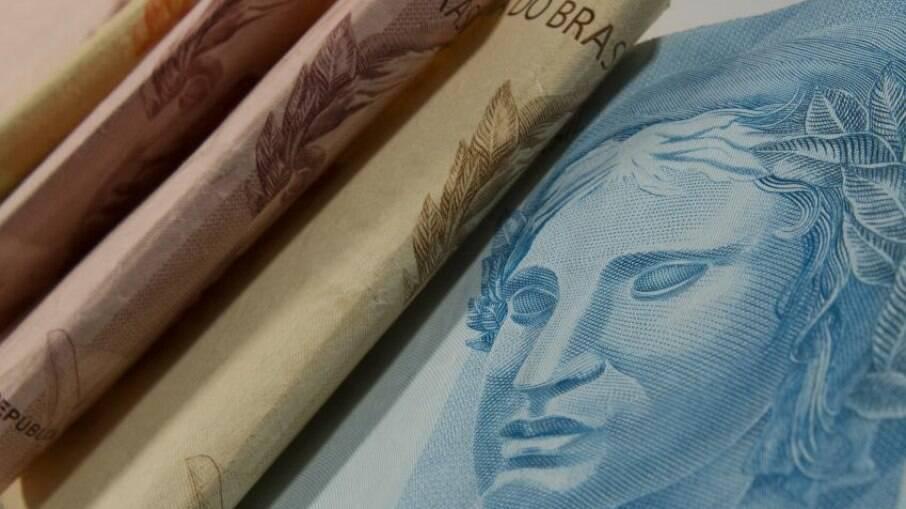 Governo federal pede abertura de crédito para investir em estatais