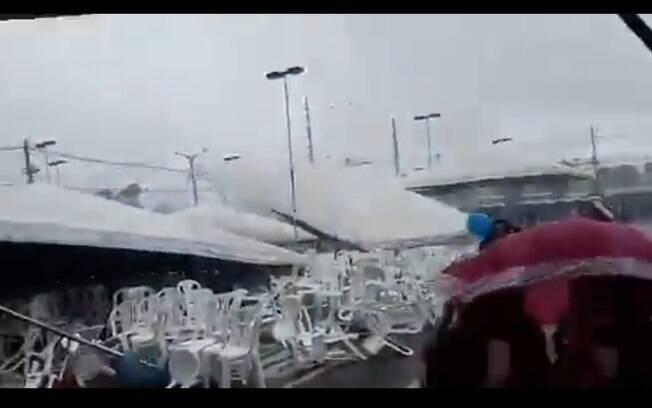 Estrutura desaba em Belém