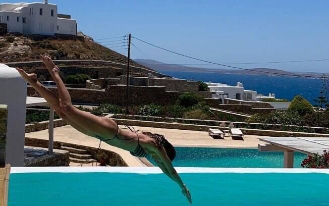 Luciana Gimenez curte dias na Grécia