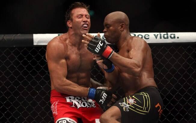 No UFC 153, Anderson Silva aposentou Stephan  Bonnar