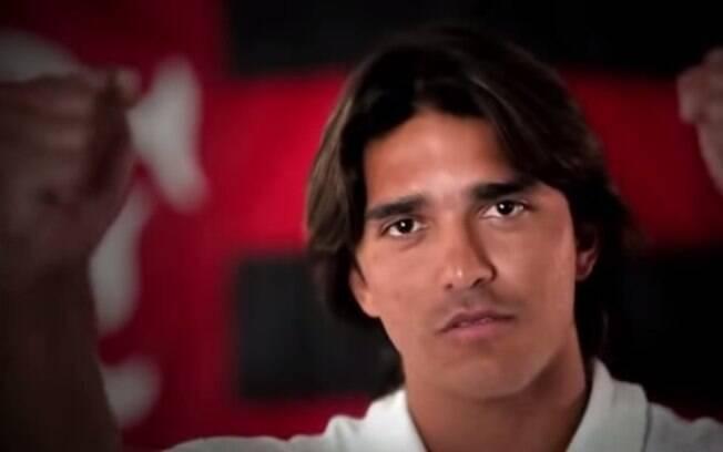 Faz Moreno! Em 2013 o Flamengo fez campanha publicitária que tratou de um hipotético segundo título mundial. Marcelo Moreno, Elias e Mano Menezes foram astros do vídeo.