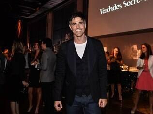 Reynaldo Gianecchini na festa de lançamento da novela 'Verdades Secretas'
