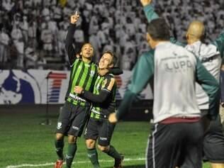 ESPORTES -  Paraná Clube x América - 1º - 10 - Estádio Durival Brito, 26ª rodada Série B do Campeonato Brasileiro  FOTO:Carlos Cruz/  Assessoria AFC - 01/3/2013