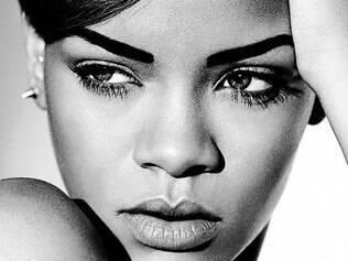 A cantora Rihanna assinou contrato para colaborar com as novas coleções de running e lifestyle a partir de 2015