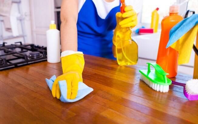Criar uma rotina ajuda na missão de como manter a casa limpa. Veja todas as dicas de um especialista