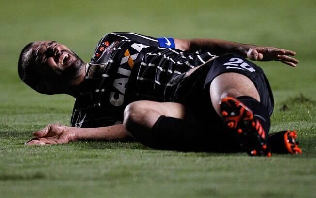 Danilo se machucou e teve de ser substituído
