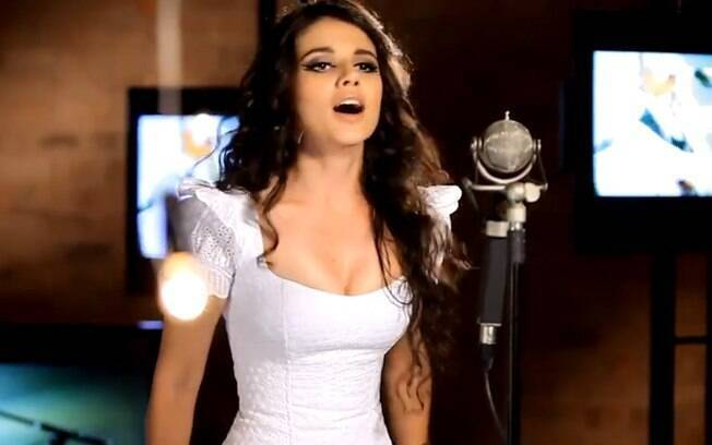Paula Fernandes lançou seu clipe em parceria com Taylor Swift