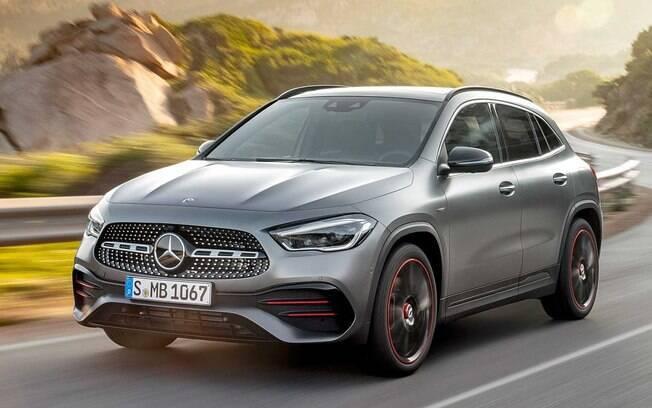 Mercedes GLA da nova geração passará a ser um SUV de verdade, deixando o jeito de hatch da anterior