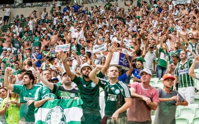 Torcida do Palmeiras apoiou o clube na rixa com a Globo
