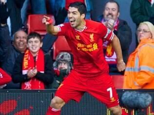 Atacante Luis Suárez foi o responsável por dois dos três gols, na abertura da 17ª rodada
