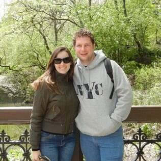 O casal Giovana Batistella e Robson Raineri