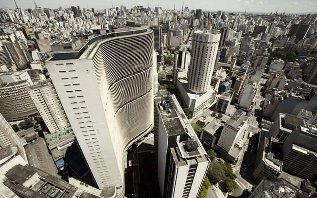 Edifício Copan, com 38 andares, foi projetado pelo arquiteto Oscar Niemeyer