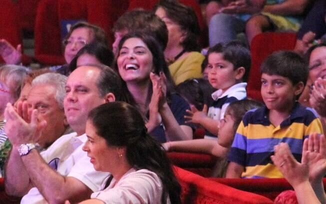 Juliana Paes se divertiu com a apresentação...