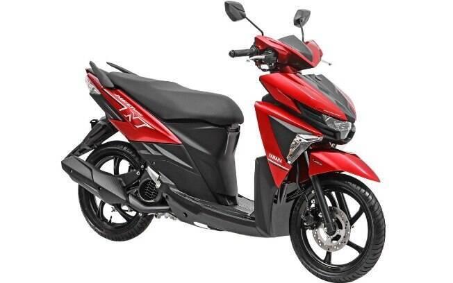 Yamaha Neo 125 tem design fora do padrão entre os scooteres mais vendidos por causa dos cortes futuristas