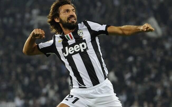 Andrea Pirlo vestiu a camisa da Juventus entre os anos de 2011 a 2015