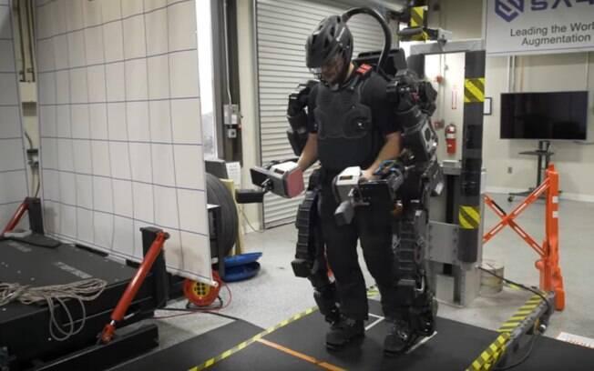 robô vestível