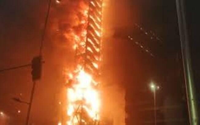 Incêndios foram registrados durante protestos