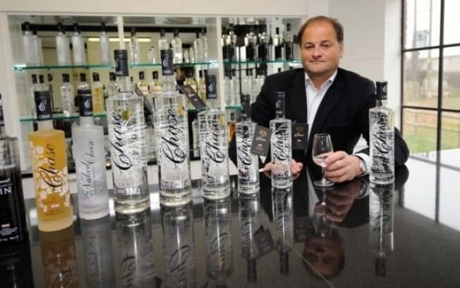 A vodka de William Chase, de 48 anos, agora é vendida em várias partes do mundo
