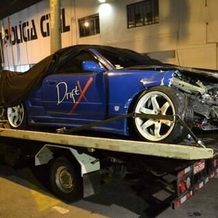Fiuk se envolve em acidente de carro e deixa automóvel destruído