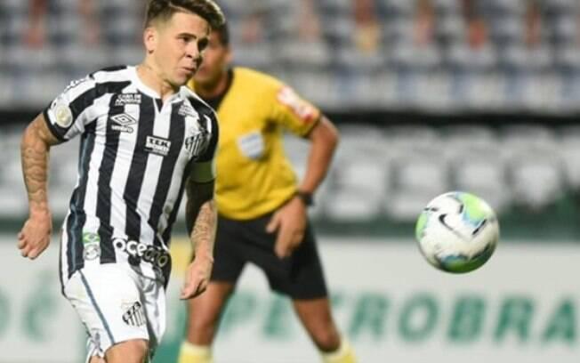 Santos bateu o Coritiba no Couto Pereira