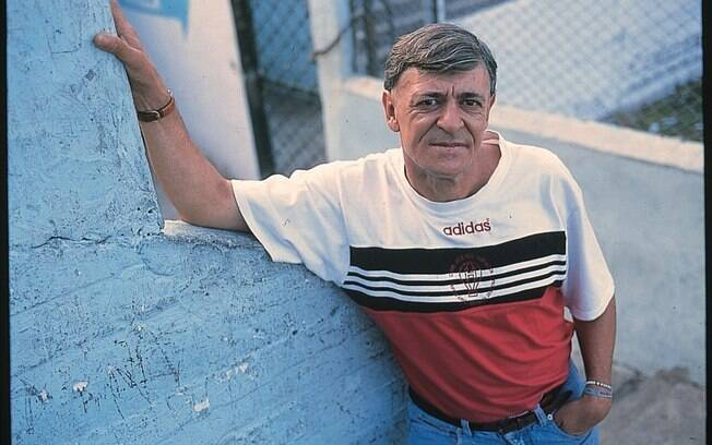 René Houseman, campeão mundial com a Argentina em 1978, morre aos 64 anos vítima de câncer na língua