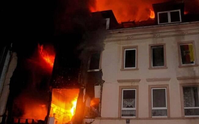 Pelo menos quatro estão gravemente feridas depois do incidente – ainda sem explicações – em Wuppertal, Alemanha